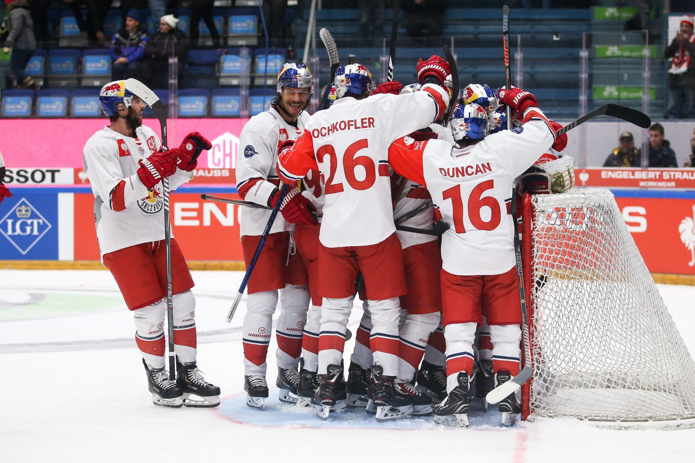 Red Bulls sensationally through to semi-finals of Champions Hockey League d4a665bb892